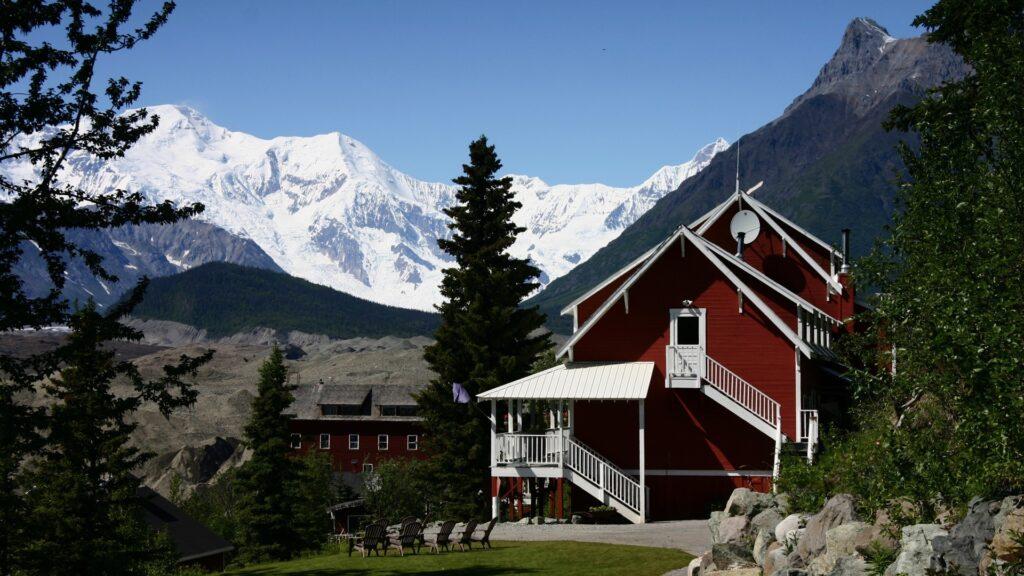 Kennicott Logde Alaska